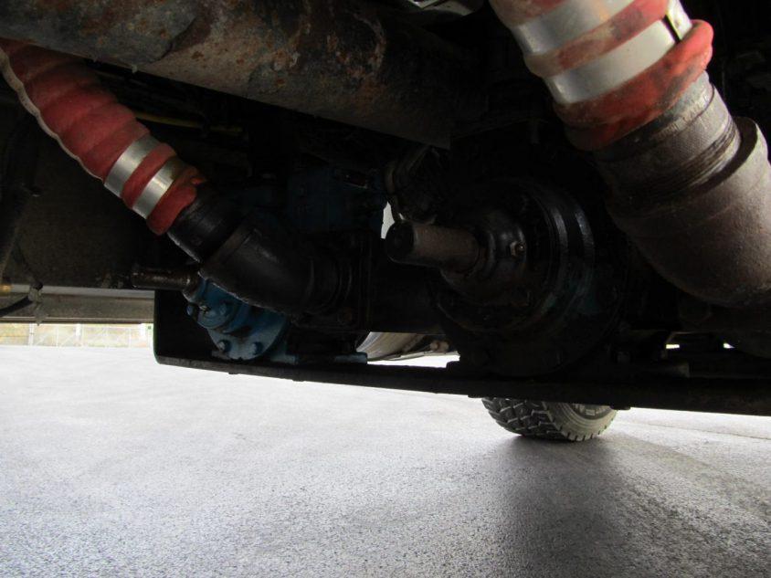 buy used lube truck
