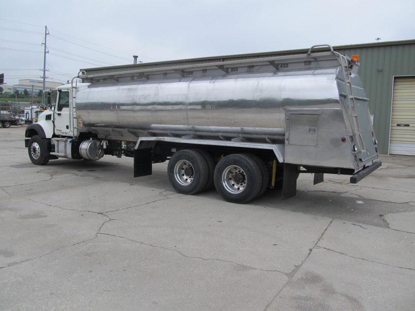 buy lube truck