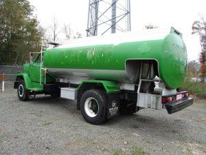 lube oil trucks